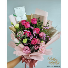 ROSES HAND BOUQUET